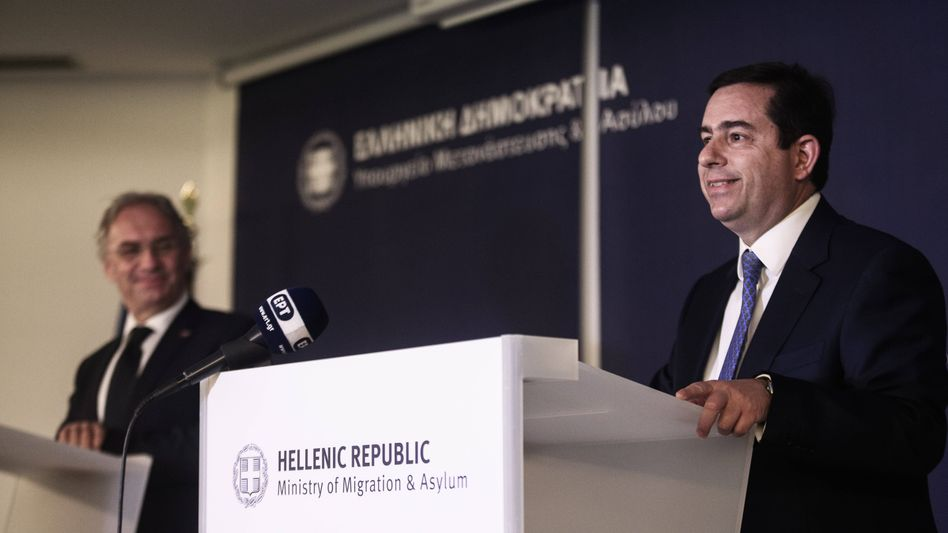 Griechenlands Migrationsminister Notis Mitarakis (Archivbild)