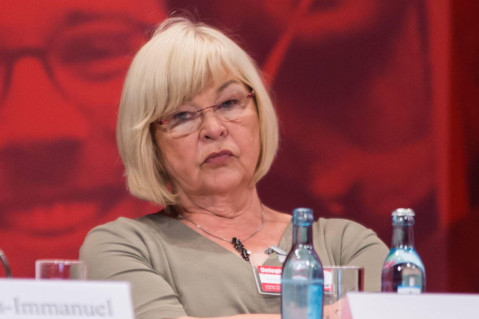 Barbara Borchardt, stellvertretendes Mitglied des Landesverfassungsgerichts Mecklenburg-Vorpommern, Politik, News, Part