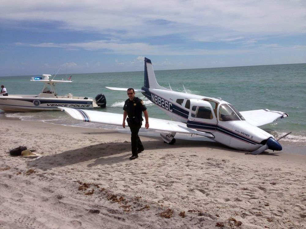 Spaziergänger von Flugzeug getötet Bruchlandung
