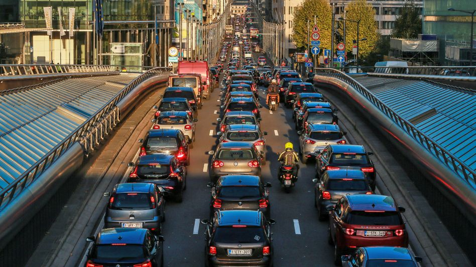 Straßenverkehr in Brüssel