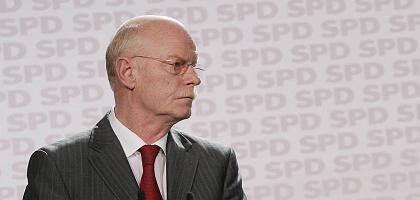 """Der SPD-Fraktionschef Struck: """"Ich glaube denen kein Wort"""""""