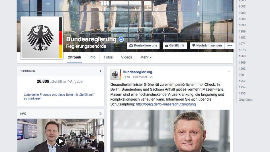 Facebook-Profil der Bundesregierung: Im Cockpit mit der Kanzlerin