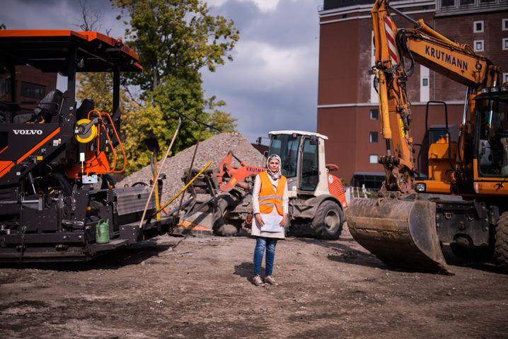Environmental engineer Nour Taleb at work in Dortmund
