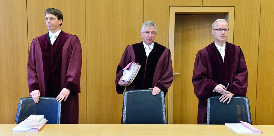 Richter in Erfurt: Im Gesetz fehlen Sanktionsregelungen