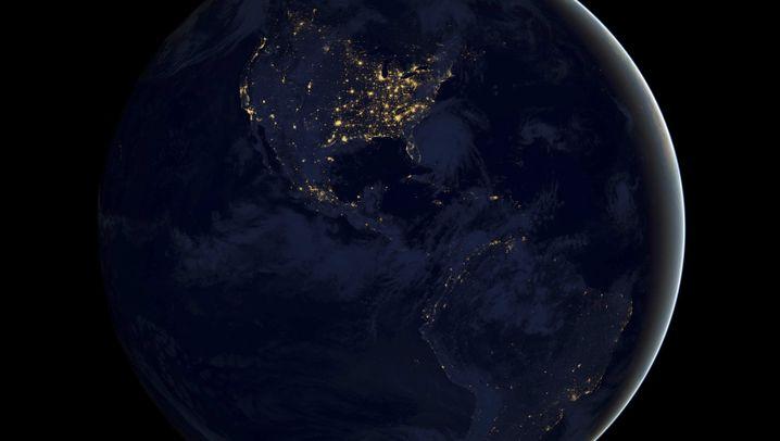 Neue Satellitenbilder: Der Blaue Planet bei Nacht