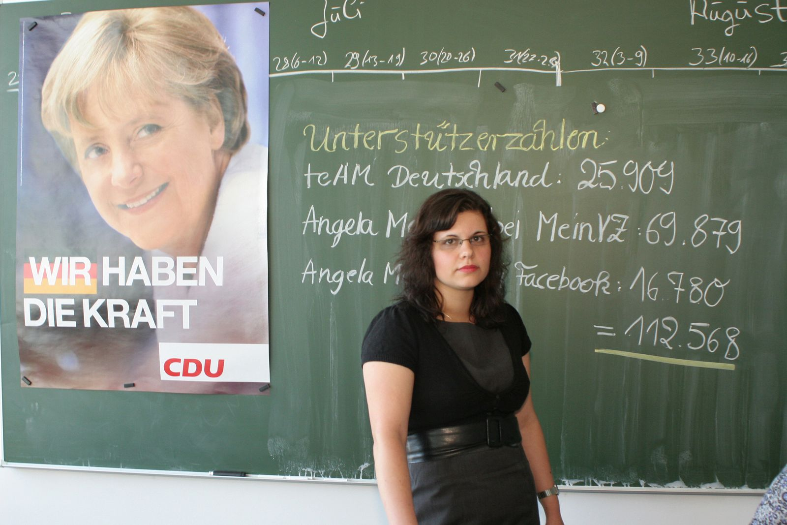 EINMALIGE VERWENDUNG Merkel / Webwahlkampf