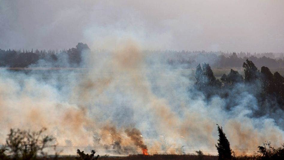 """Feuer nach einem syrischen Raketeneinschlag auf den Golanhöhen (Archiv): """"Verletzung der Souveränität"""""""