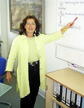 Schulleiterin Hiltrud Kneuer: Boxen als Belohnung