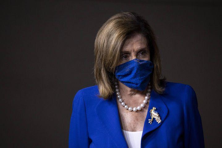 Nancy Pelosi trug zuletzt bei öffentlichen Auftritten eine Maske