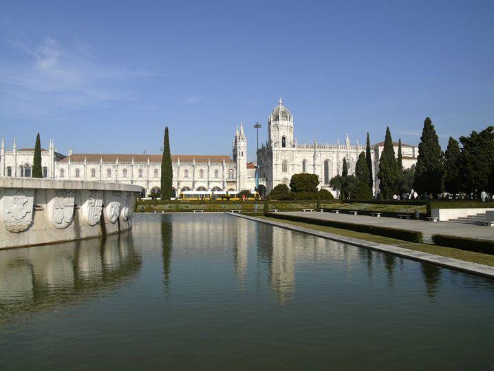 Hieronymuskloster in Belém: In der Klosterküche wurden die Eiercremetörtchen erfunden