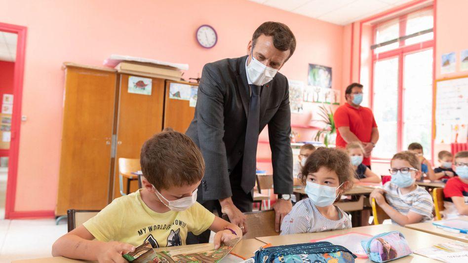 Präsident Emmanuel Macron auf Wahlkampftour in Nordfrankreich: Die Regionalwahlen als politischer Seismograf