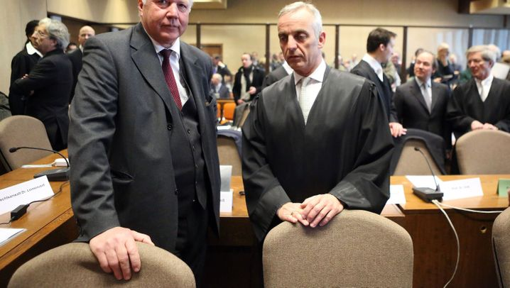 Prozessauftakt Sal. Oppenheim: Nobelbanker vor Gericht