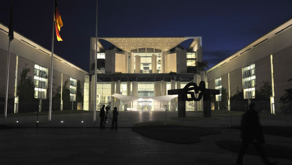 Kanzleramt in Berlin: Laut WikiLeaks wurde nicht nur hier mitgehört, sondern auch schon in Bonn