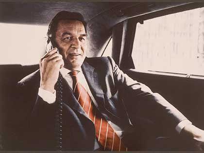 """Momentan ist Gerhard Schröder im Umfragetief versackt - für die SPD-Kampagne """"Der Kanzler"""" jedoch räumte die KNSK Werbeagentur in der Kategorie Fotografie ab."""