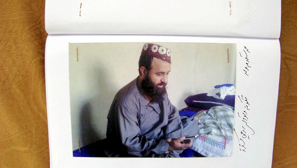 Mullah Abdul Salam has been taken into custody in Pakistan.
