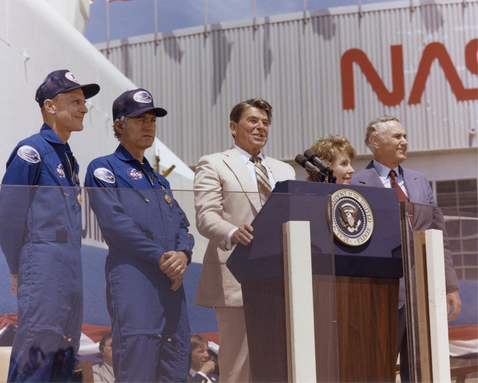 Space Shuttle / Reagen / STS-4
