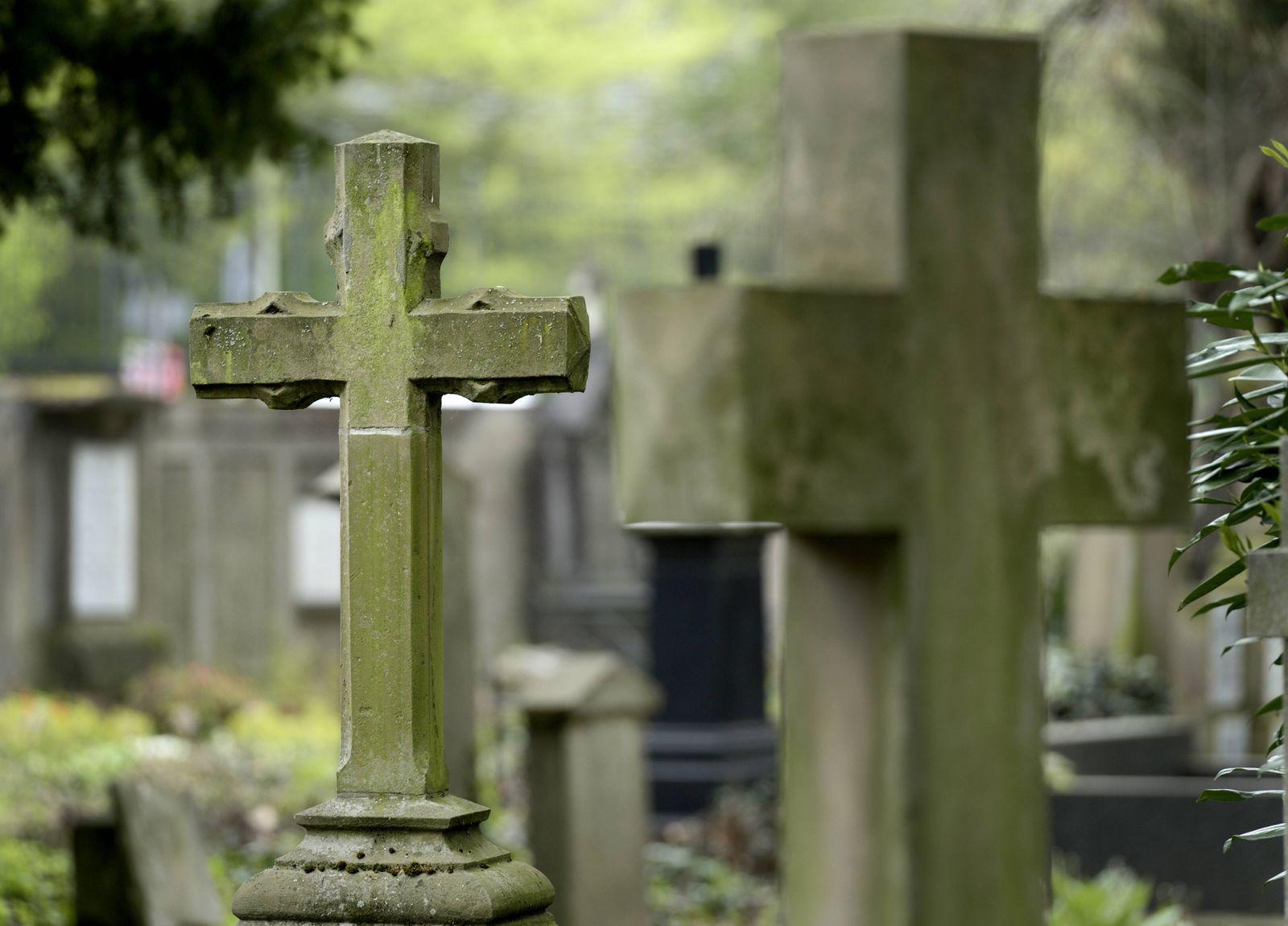 EINMALIGE VERWENDUNG Friedhof