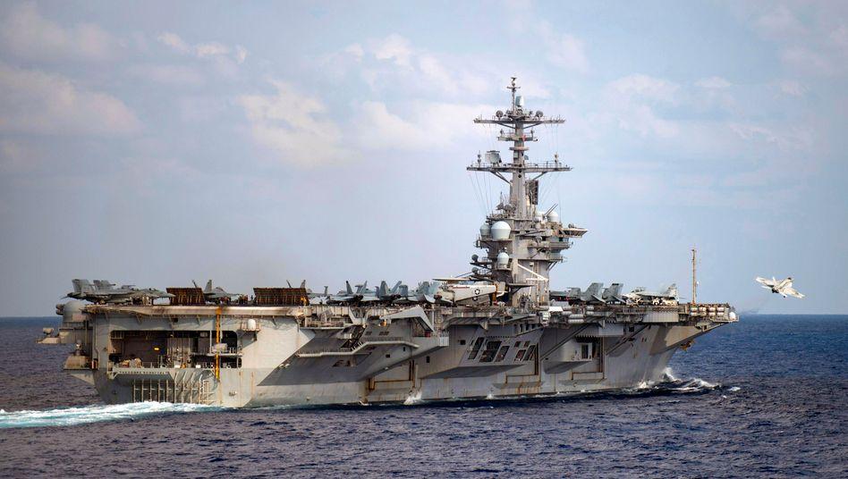 "Flugzeugträger USS ""Theodore Roosevelt"" bei Manöver im Pazifik (Archivbild, März 2020)"