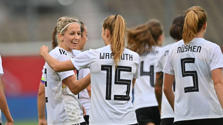 Die DFB-Frauen beim Länderspiel in Cottbus