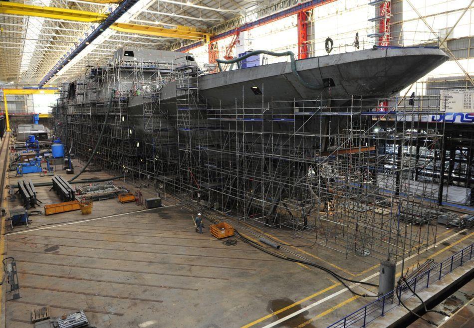 SP 42/2011 S. 77 SPIN Frankreich Schiffe