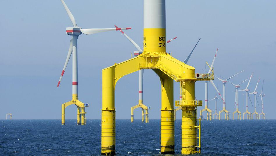 Windenergiepark in der Nordsee: Rostschutz im Meer