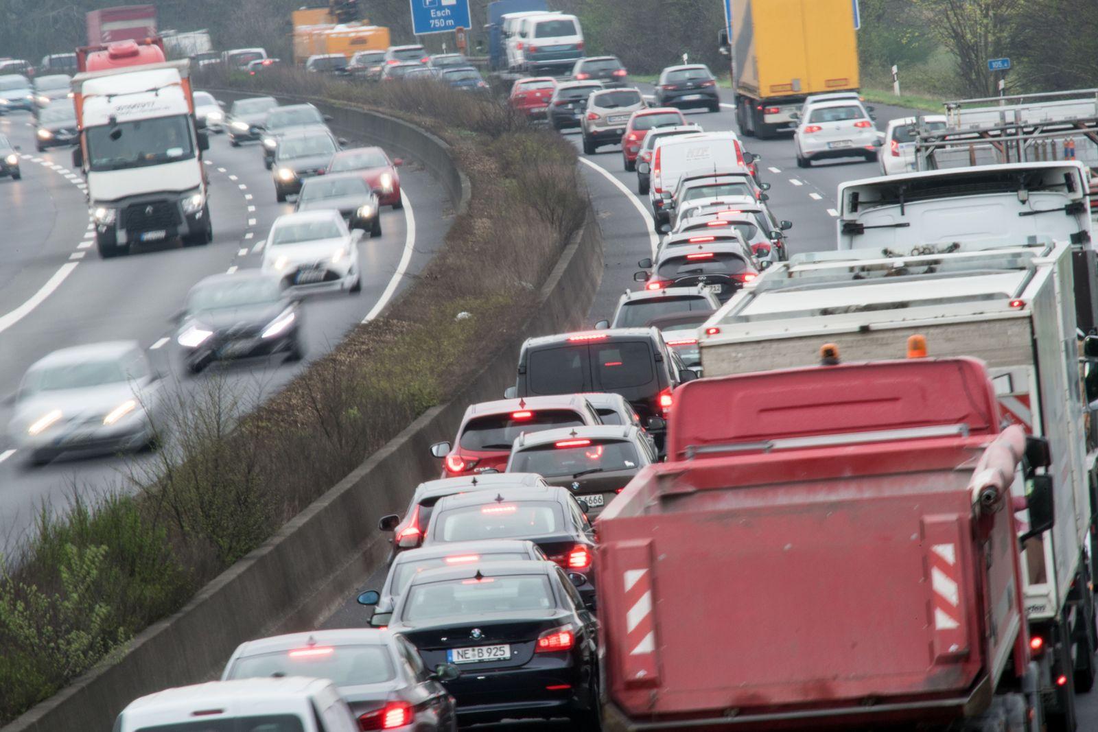 Köln: Autos stauen