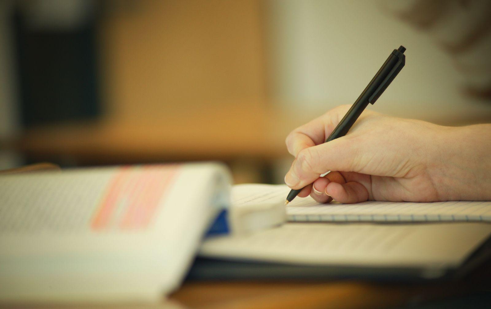 NICHT MEHR VERWENDEN! - Lernen / Bücher / Schreiben / Stift