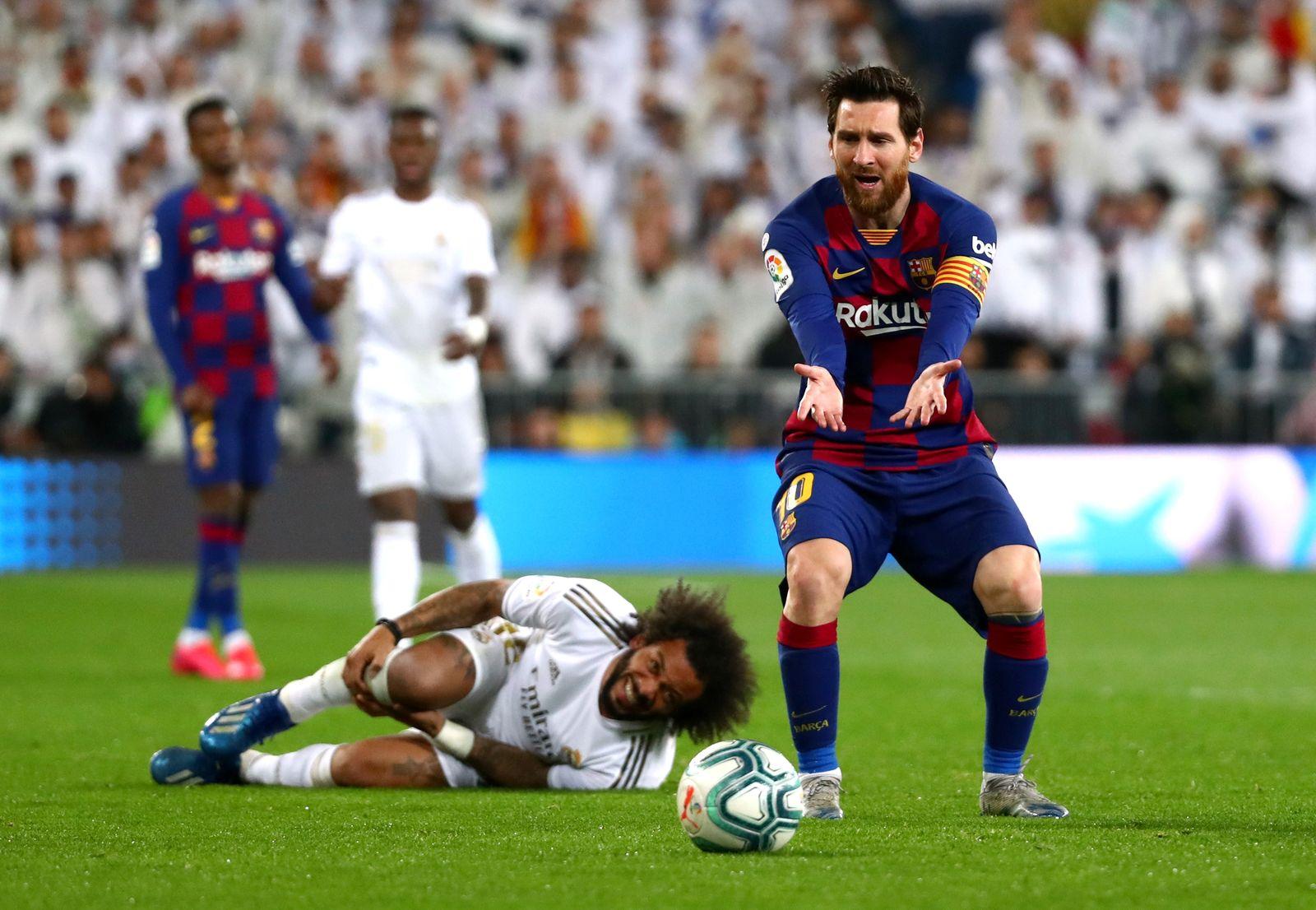 La Liga Santander - Real Madrid v Barcelona