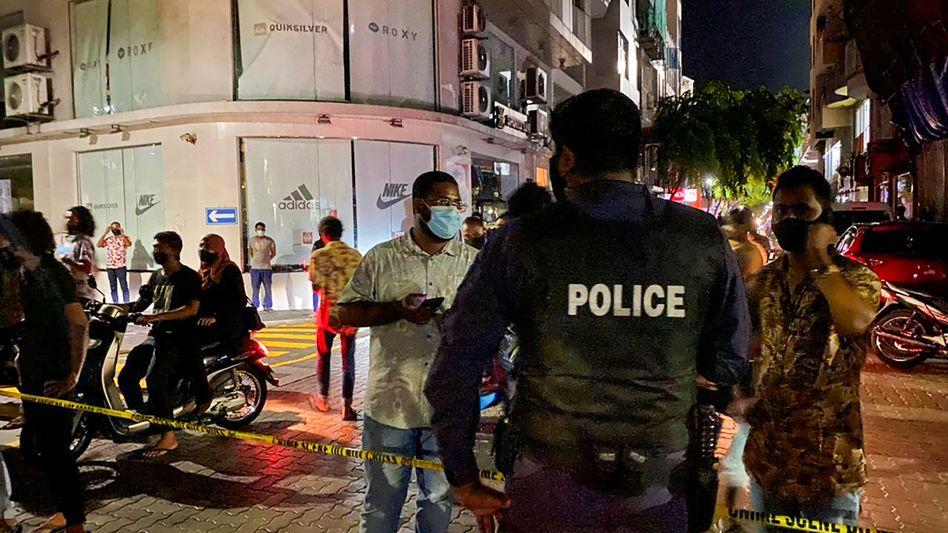 Tatort nach der Bombenexplosion in Malé, Hauptstadt der Malediven