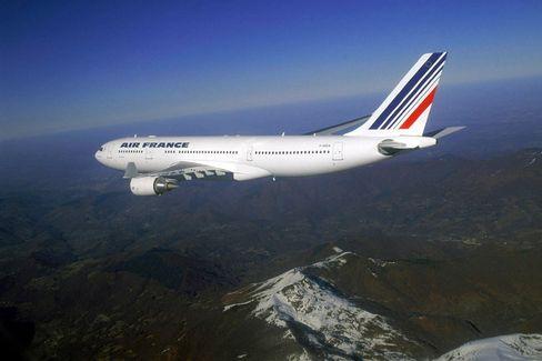 An Air France Airbus A330-200.