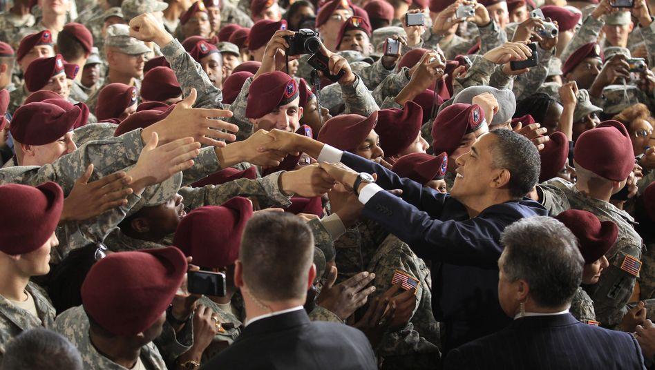 """US-Präsident Obama begrüßt Soldaten in Fort Bragg: """"Willkommen zu Hause"""""""