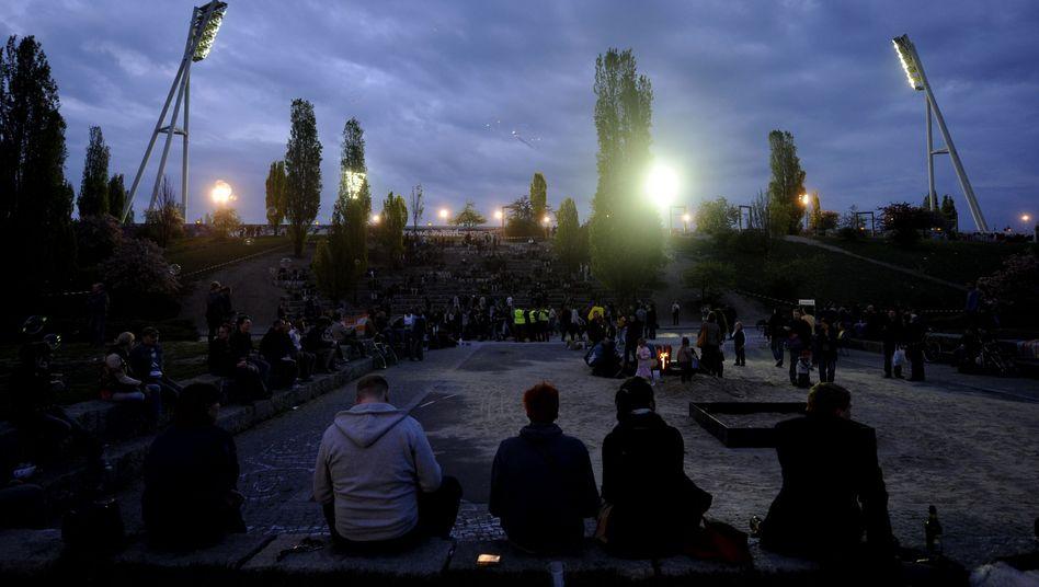 Walpurgisnacht im Berliner Mauerpark: Auftakt zum 1. Mai