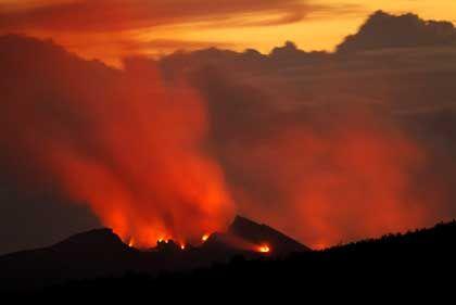Vulkan Kilauea auf Hawaii: Plumes drücken Dellen in die Erdoberfläche