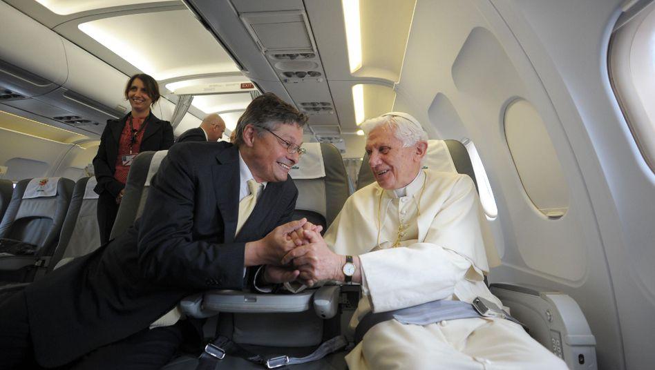 Papst-Fan Matussek, Benedikt XVI.: Nichts ist falscher, als dass wir Papst seien