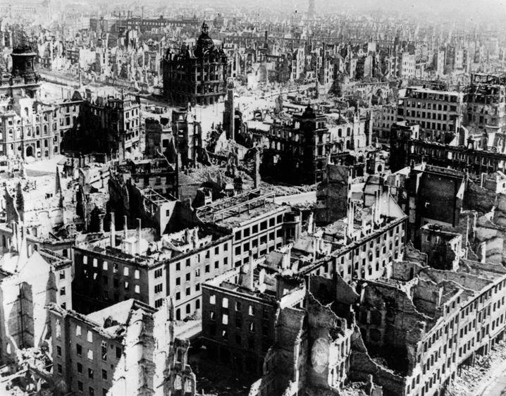 Stadtzentrum im Februar 1945