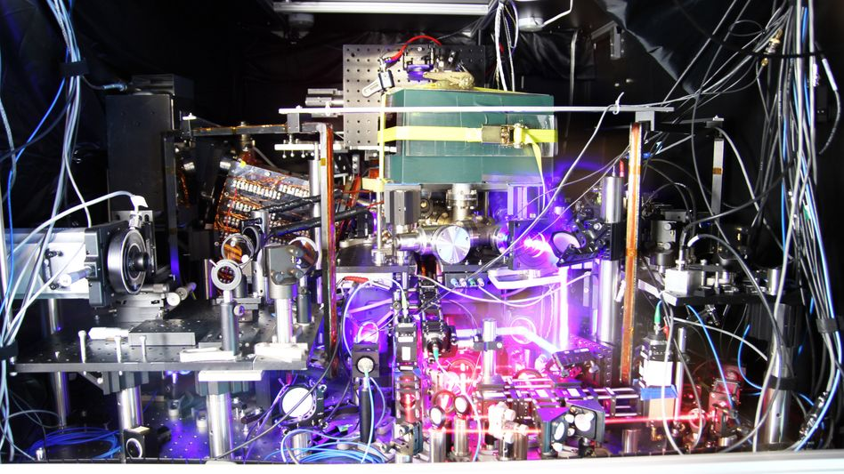 Fast perfekt: Wissenschaftler vom NIST in den USA haben nach eigenen Angaben die genaueste Uhr der Welt entwickelt