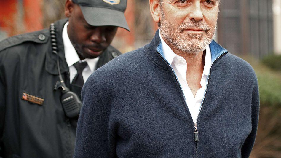 Protest vor Sudans Botschaft: George Clooney in Washington festgenommen