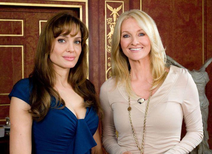 Frauke Ludowig (r.) mit Angelina Jolie: Könnt Ihr mich alle sehen?