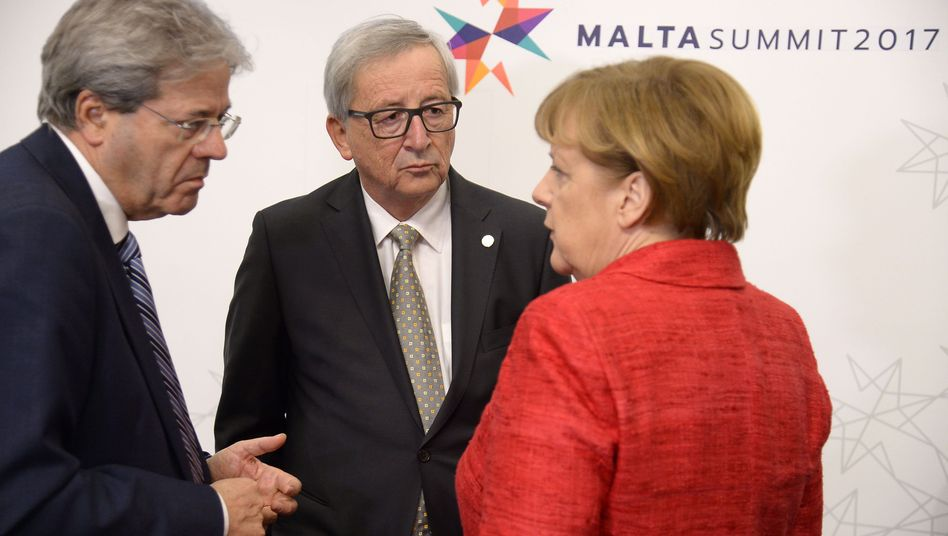 Italiens Premier Gentiloni. Kommissionschef Juncker, Kanzlerin Merkel