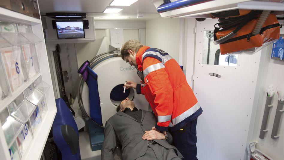 Schlaganfall-Untersuchung im Rettungswagen: Eine eindeutige Diagnose?