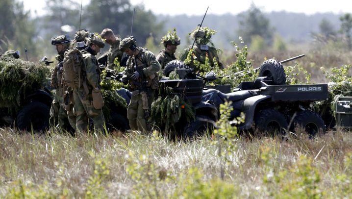 Übung mit Nato-Staaten: Säbelrasseln im Baltikum