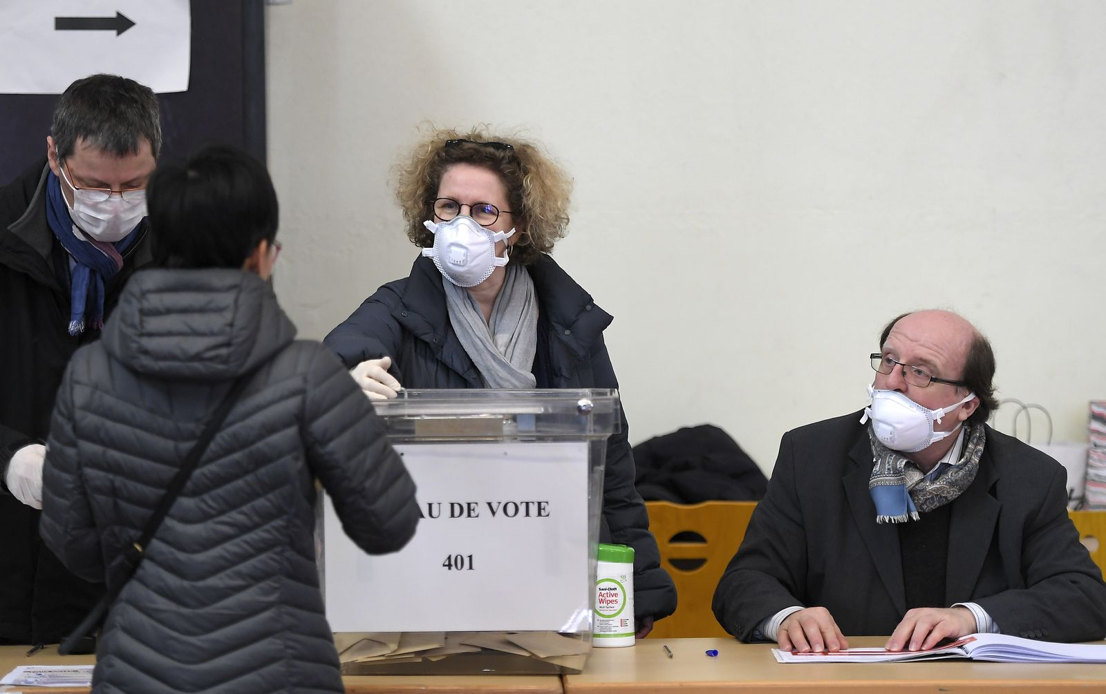 FRANCE-POLITICS-VOTE-MAYOR-2020-VIRUS