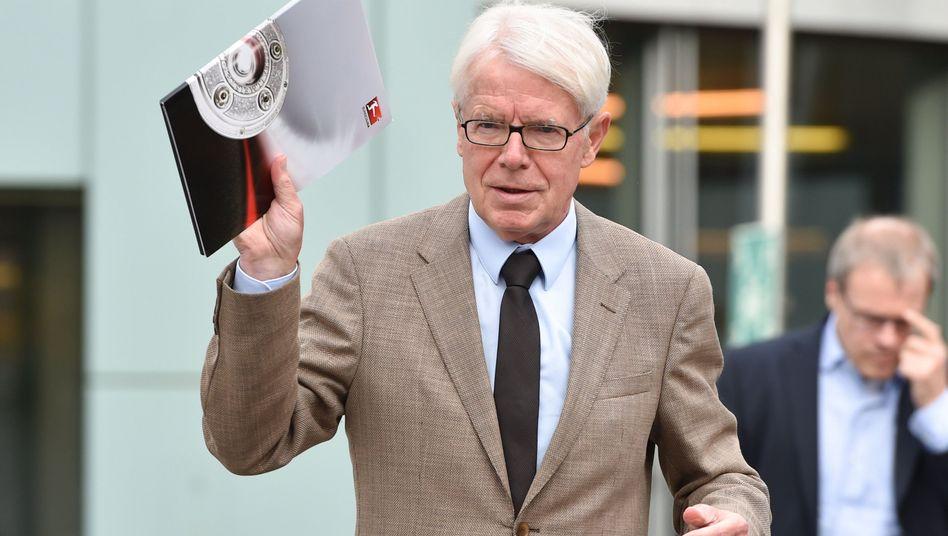 """DFB-Vizepräsident Rauball: """"Wir müssen wissen, was wahr ist und was falsch"""""""