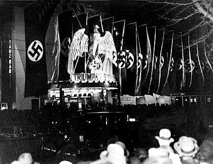 """Parteitagsfilm """"Triumph des Willens"""": Überschriften bis zur Ermüdung"""