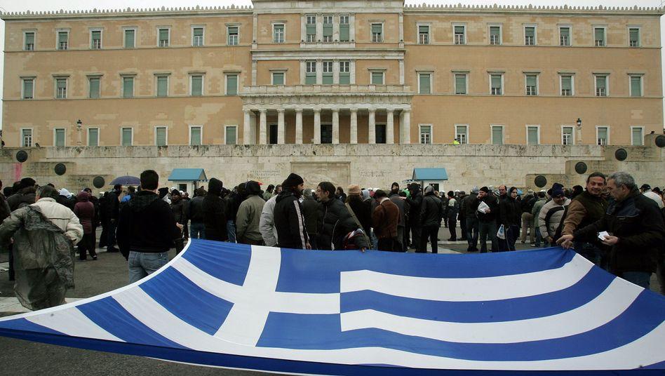 Griechisches Parlament: Hoffen auf rasche Finanzhilfen - Skepsis in Deutschland