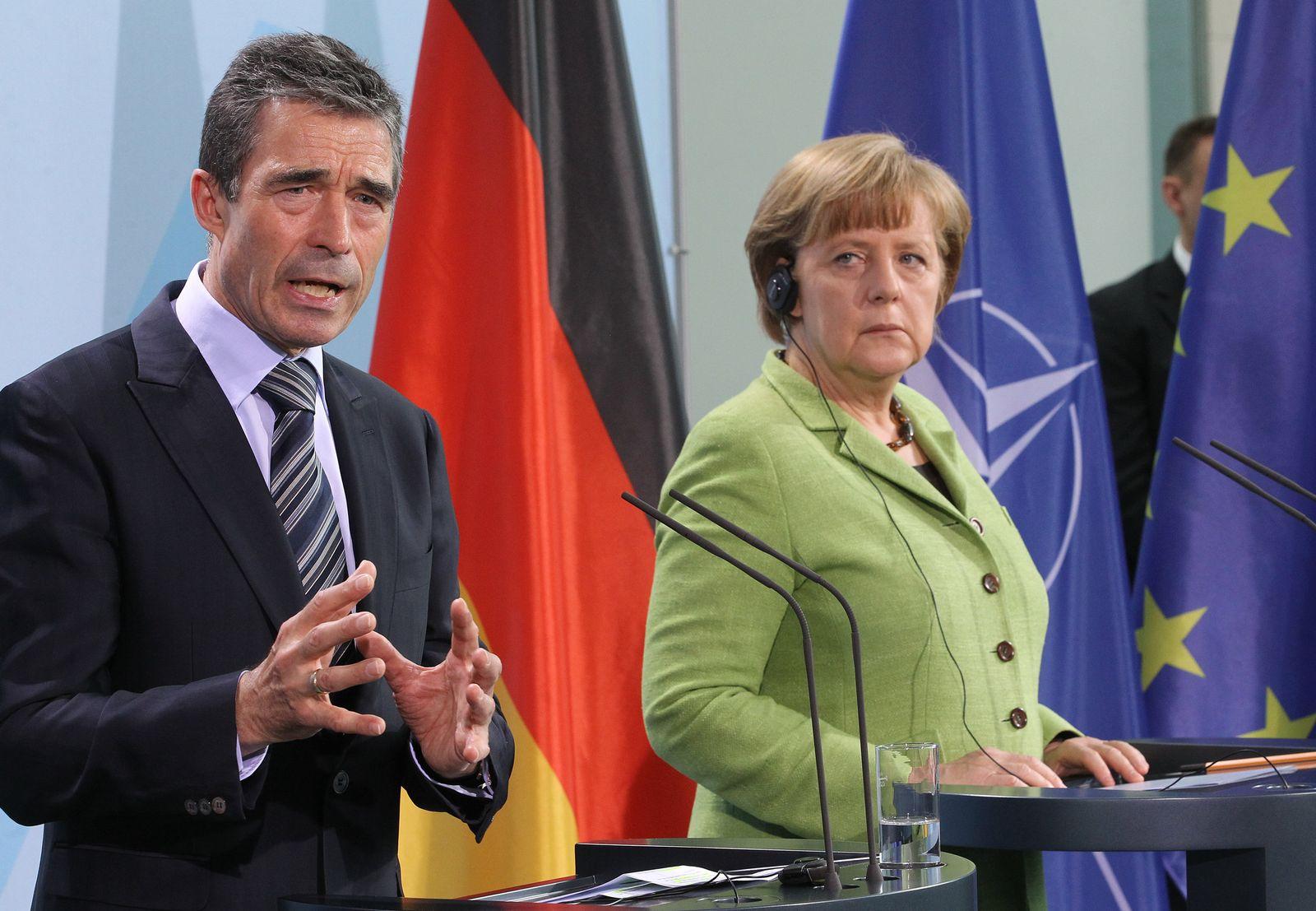 Merkel / Rasmussen