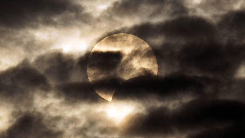 Sonnenfinsternis: Am 15. Januar 2010 verdunkelte sich der Himmel über China