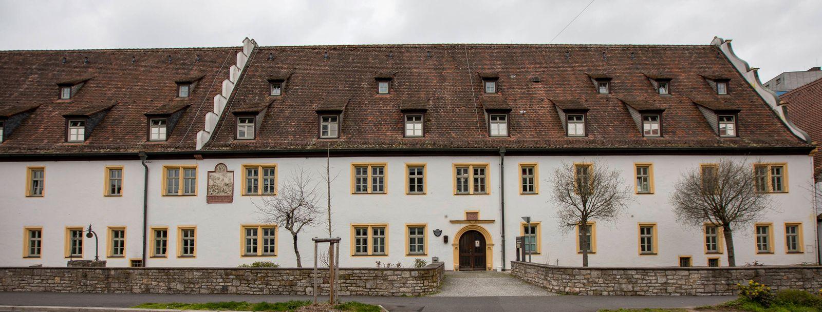News Bilder des Tages Wuerzburg, Seniorenheim Ehehaltenhaus, 21.03.2020, Neun Corona-Tote in im Würzburger Seniorenheim