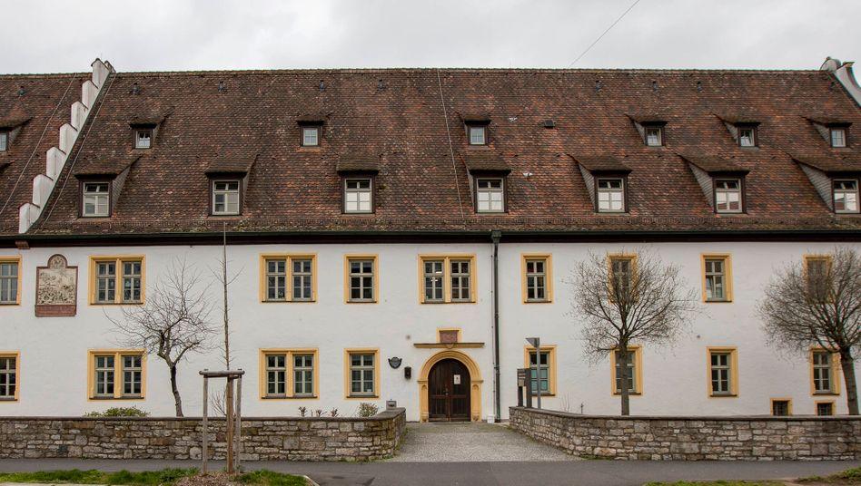 Im Seniorenheim Ehehaltenhaus/St. Nikolaus sind zehn Bewohner nach einer Infektion mit dem Coronavirus verstorben