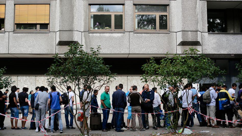 Flüchtlinge in Berlin (Archiv): Oft fehlen Dokumente